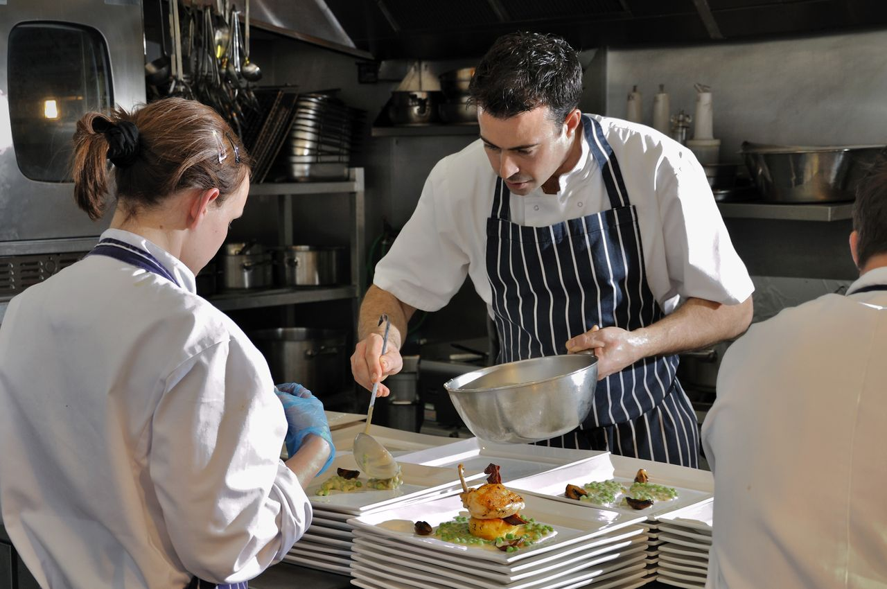 Https Thebespokebureau Wordpress Com 2013 05 27 Are You Looking To Find A Private Chef In London